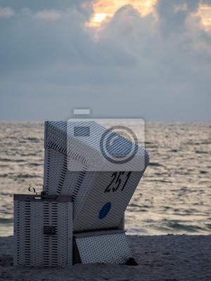 Strandkorb nordsee  Abendstimmung mit strandkorb, nordsee leinwandbilder • bilder ...