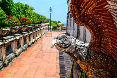 Bild Adler am Phetchaburi, Thailand: Der opulente Phra Thinang
