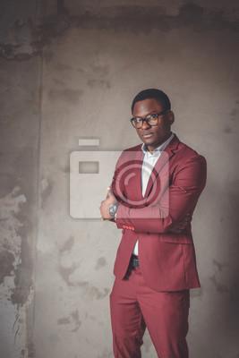 Bild Afrikanischen Porträt eines Mannes tragen Marsala Anzug