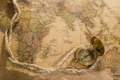 Bild Alte Kompass und Seil auf Vintage-Karte