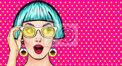 Bild Amazed Pop Art Madchen In Glaser Party EinladungBirthday CardComic Woman