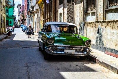 Bild American and Soviet cars 1950 - 1960 from Havana.