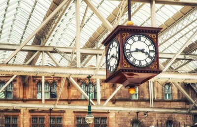 Bild Antike Bahnhofsuhr