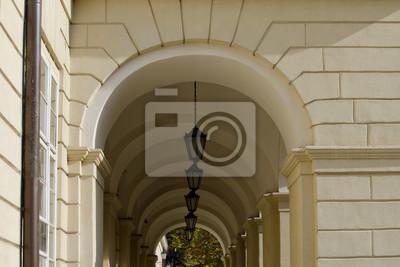 Archway mit Lichtern