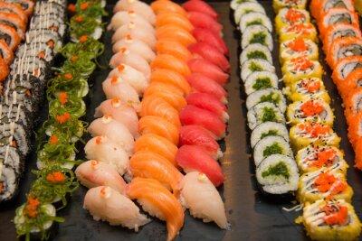 Bild Assorted japanese sushi