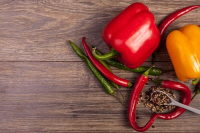 Bild Auf Ansicht von Chili, Paprika und würzigem Pfeffer