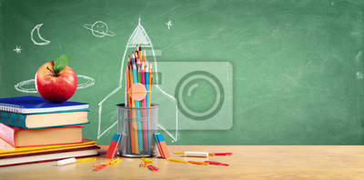 Bild Back To School - Books And Pencils With Rocket Sketch