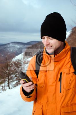 Backpacker Blick auf GPS