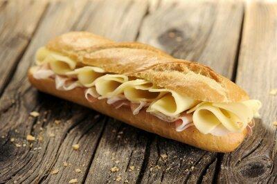 Bild Baguette-Brot mit Schinken und Käse