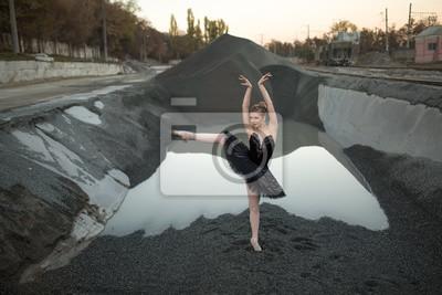 Ballerina auf Kies