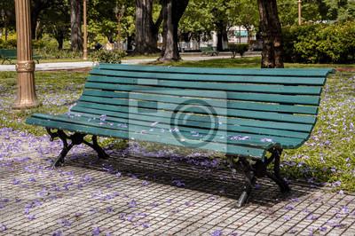 Bild Bank in einem Stadtpark