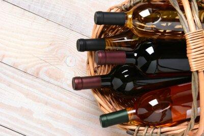 Bild Basket von Weinflaschen