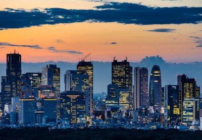 Bild Beautiful Silhouette of Tokyo Skyline at Twilight