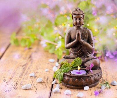 Bild Betender Buddha mit Kerze und Lavendel