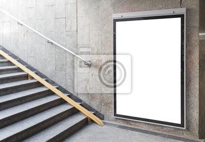 Bild Blank Billboard oder Poster in Halle