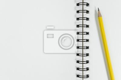 Bild Blank Rezeptbuch und Bleistift auf Holztisch
