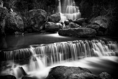 Bild Blick auf den Wasserfall Fervença bei Sintra, Portugal