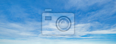 Bild Blue sky background with clouds