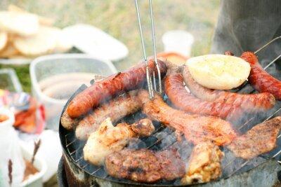 Bild Bonfire Lagerfeuer Feuer Flames Grillen Steak auf dem Grill