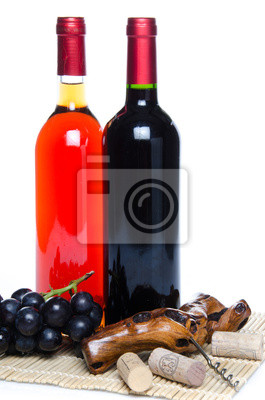 Bild Bootles Wein mit schwarzen Trauben und einem Korkenzieher