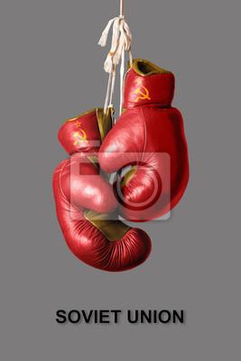 Boxhandschuhe in der Farbe der Sowjetunion