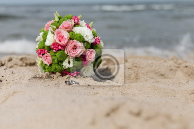 Brautstrauss Auf Strandhochzeit Leinwandbilder Bilder Myloview De