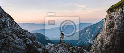 Bild Breathtaking Views From Mangart Peak at Stunning Sunrise. Peaks Above Clouds.