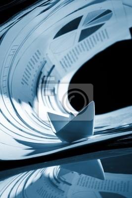Bild Business-Konzept, Papierboot und Dokumente Tsunami