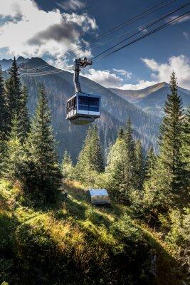 Bild Cable car in Kasprowy Wierch peak in Tatra mountains, Poland.