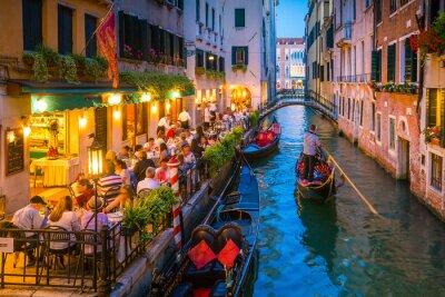 Bild Canal in Venedig Italien bei Nacht