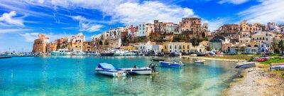 Bild Castellammare del Golfo - schöne Küstenstadt in Sizilien. Italien