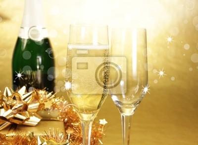 Bild Champagner-Gläser auf goldenem Hintergrund