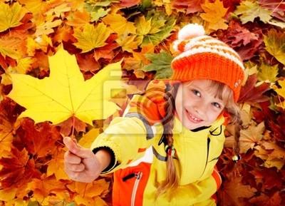 Bild Child im Herbst orange Blätter .
