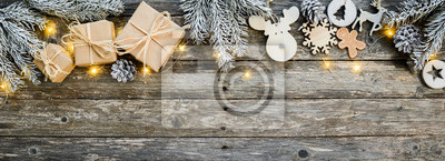 Bild christmas wooden natural decoration ornament wide horizontal banner with copyspace