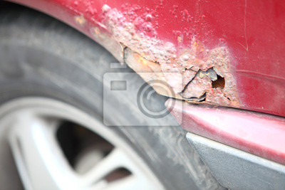 Close up der alten rostigen Autotür