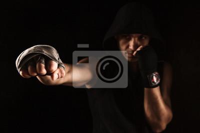 Close-up Hand des muskulösen Mannes mit Verband