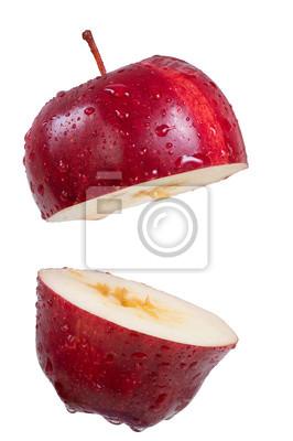 Closeup roten Apfel Scheibe isolieren auf weiß