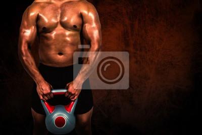 Composite-Bild der muskulösen Mann hebt schwere Kettlebell