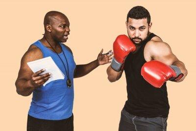 Composite-Bild von Box-Coach mit seinem Kämpfer