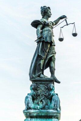 Bild Dame Gerechtigkeit in Frankfurt