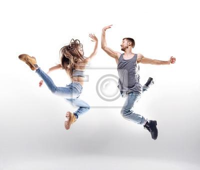 Dancing Paar über dem weißen Hintergrund