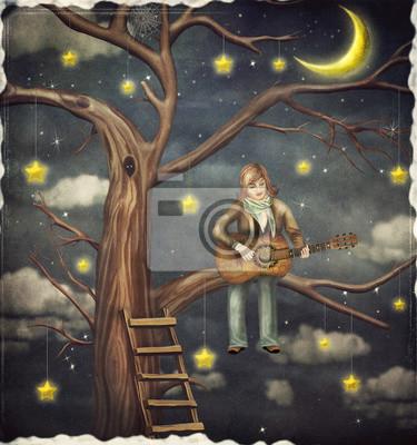 Der Junge sitzt auf Baum und spielt auf Gitarre
