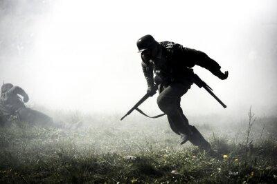 Bild Deutsche Soldaten. Historische Rekonstruktion, Soldaten kämpfen während des Zweiten Weltkrieges