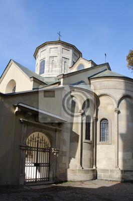 Die armenische Kathedrale der Himmelfahrt des Allerheiligsten, Eingang