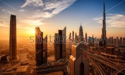Bild Dubai bei Sonnenaufgang