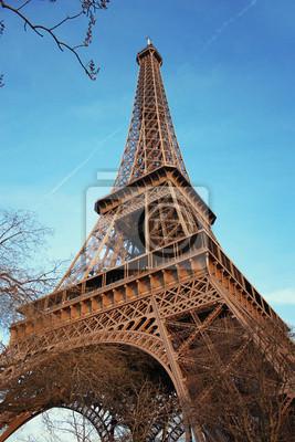 Eiffelturm im Frühjahr