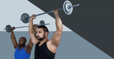 Eignungstrainermann, der Gewichte mit minimalen Formen tut