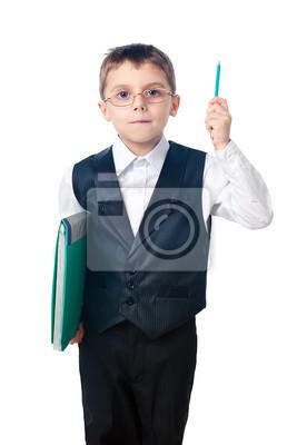 Ein netter Junge, der einen Bleistift und einen Ordner