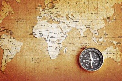 Bild Eine alte Messing-Kompass auf einer Schatzkarte Hintergrund