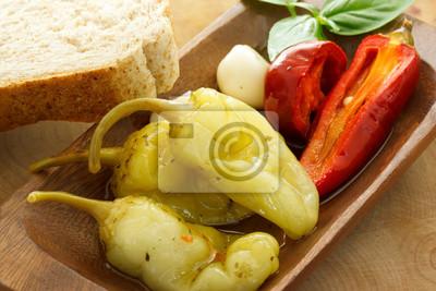 Eingelegte Paprika mit Brot